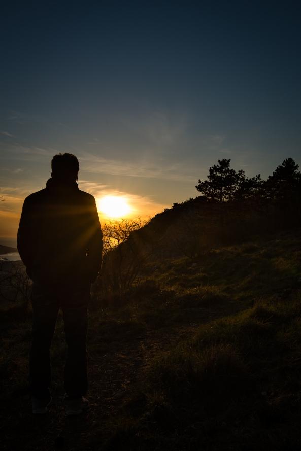 Guardando il tramonto copia