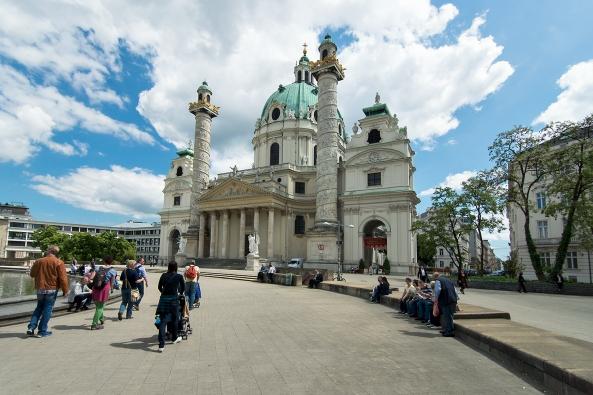 Karlsplatz kirche