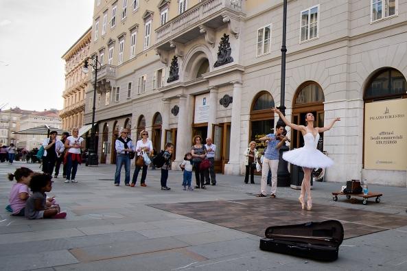 Violinista e ballerina