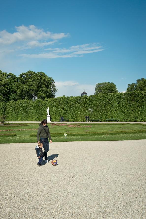 VIda Schonbrunn la palla e Matteo copia