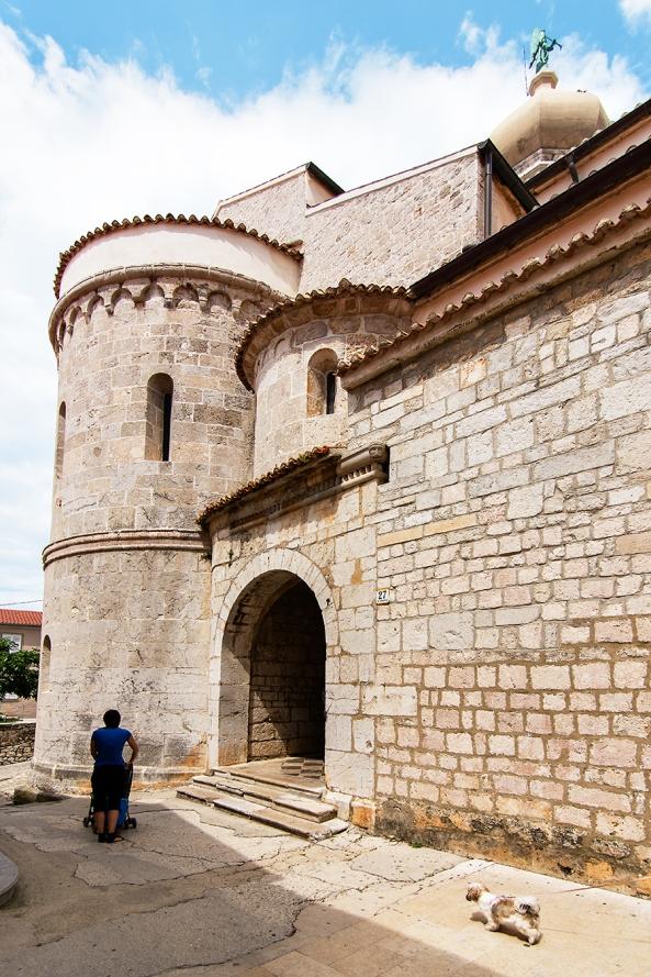 Sotto al castello di Krk copia