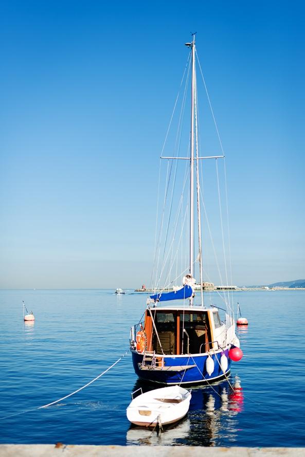 Barca bianca barca blu copia