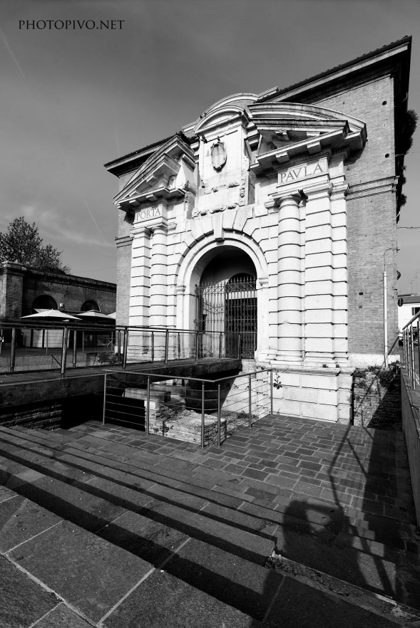 Ferrara-(1)